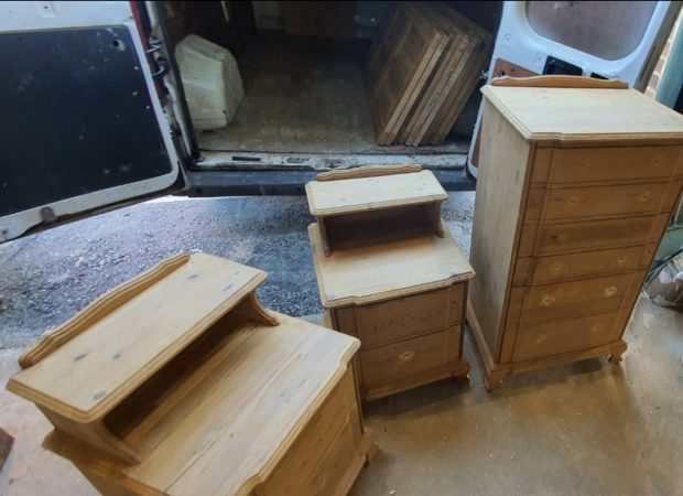 Chest of Drawers & 2 bedside tables